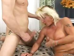 Porno: Facial, Figa, Pits Grossos, Mamada
