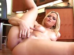 Porno: Porno Žvaigždė, Masturbacija, Žaisliukai, Blondinės