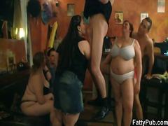جنس: بدينات, طيز, حفلة, مجموعات