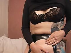 Porr: Brunett, Onani, Sexleksak, Underkläder