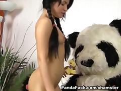 Bold: Laruang Pangkantot, Bata
