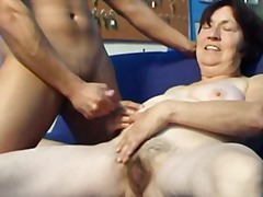 Porno: Babcia, Masturbowanie