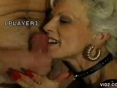 Porno: Bestemor, Morsom, Moden