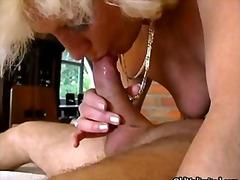 Pornići: Svršavanje, Starije, Plavuše, Domaćica