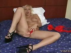 Porn: Սոլո, Անկողին, Խաղալիք, Մաստուրբացիա