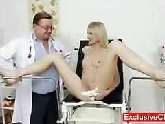 جنس: طبيبات, شقراوات, بنات جميلات, منظار