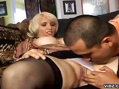 Porno: Oral, Sex Fara Preludiu, Blonde, Tanar Si Matura