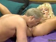 포르노: 큰 가슴, 금발미녀, 큰 가슴, 하드코어