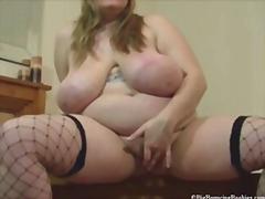 Porno: Resnas Meitenes, Briti, Lieli Pupi