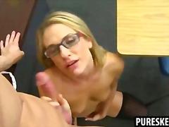 Porno: Učitelky, Hardcore, Punčochy, Brejle