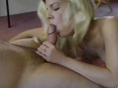 Porno: Hardcore, Suhuvõtmine, Blondid, Pihkupeksmine