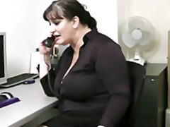 Porno: Bukuroshet Gjigante, Cica, Cicëmadhet