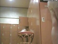 جنس: يابانيات, بزاز, حمام, كاميرا مخفية