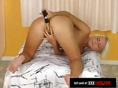 Porno: Jucarii, Singure, Vibratoare, Masturbari