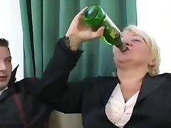 Porno: Mammas, Vecmāmiņas, Sieva, Reāli Video