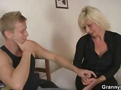 Porno: Mamy, Babcia, Mężatki, Rzeczywistość