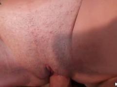 Porno: Lezbi, Böyük Döşlər, Pirsinq, Kürən