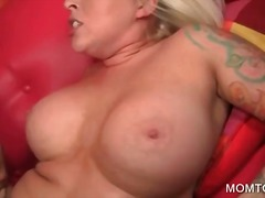 Порно: Хардкор, Втрьох, Блондинки, Сексуальні Матусі