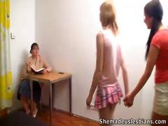 جنس: السمراوات, نساء هائجات, بنات مدارس, فموى