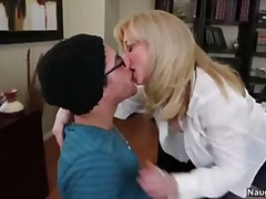 Porn: मुखमैथुन, मिल्फ़, भयंकर चुदाई