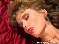 Porno: Líbezný Holky, Malý Prsa, Zralý Ženský, Klasické