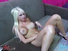 ポルノ: トイ, ポルノスター, 巨乳, 金髪
