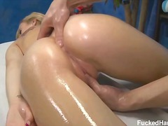 Porno: Olje, Massasje, Tenåring, Blond