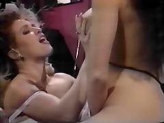 Porno: Lezbiket, Me Lojëra, Pornoyje