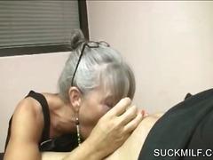 Porno: Pusmūža Sievietes, Liels Loceklis, Orālais Sekss, Tīņi