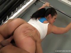 Porno: Smagais Porno, Trenažieru Zāle, Lieli Pupi, Resnules