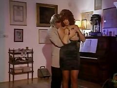 Phim sex: Lỗ Nhị, Diễn Viên Sex, Ý