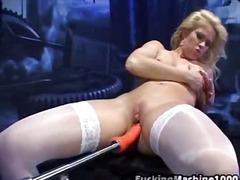 Porn: Լեսբիներ, Խաղ, Մեծ Կրծքեր, Արհեստական Պլոր