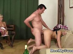 Porno: Threesome, Amatore, Me Përvojë, Hardkorë