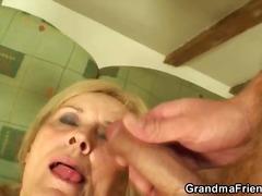 Lucah: Nenek, Rambut Blonde, Bertiga, Porno Hardcore