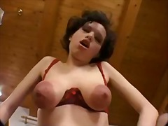 Porno: Döş Giləsi, Böyük Döşlər, Böyük Döşlər