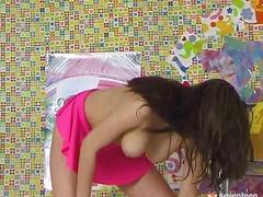 Порно: Молоді Дівчата, Вона Дрочить, Дільдо, Наодинці