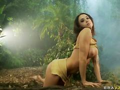 Porno: Kürən, Böyük Döşlər, Çalanşik, Çöldə