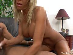 Порно: Мастурбація, Блондинки, Сексуальні Матусі, Хардкор