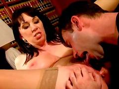 Porno: Çalanşik, Böyük Döşlər, Xalaşka