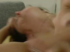 Porno: Lesbiske, Små Bryster, Nøgenhed, Onani