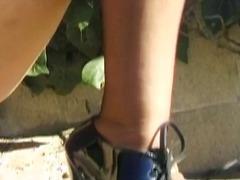 جنس: نيك جامد, نكاح اليد, خارج المنزل, جلد