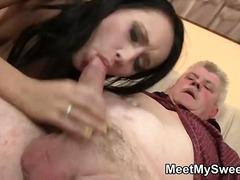 Porno: Pusmūža Sievietes, Orālais Sekss, Amatieri, Vecmāmiņas