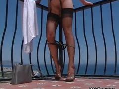 Pornići: Vruće Žene, Vani, Plavuša