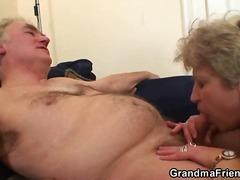 Porn: खूबसूरत विशालकाय महिला, अधेड़ औरत