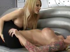 Porn: सुनहरे बाल वाली, मिल्फ़