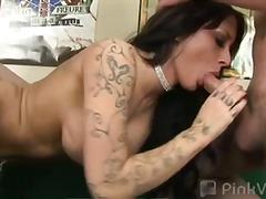 Porno: Smagais Porno, Sekss Trijatā, Orālais Sekss, Tetovētie