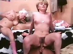 Porn: Խումբ, Ռետրո, Հարդքոր