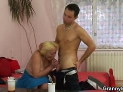 Porno: Orālais Sekss, Lieli Pupi, Vecmāmiņas, Resnas Meitenes