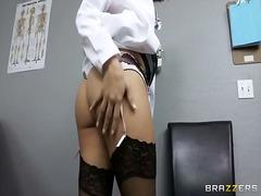 Seks: Gadis Koboi, Anal, Ejakulasi Di Muka, Dokter