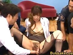 Porno: Derdhja E Spermës, Thithje, Aziatike, Plot Spermë